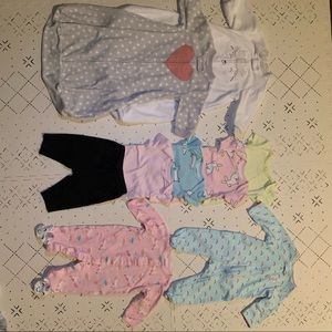 Baby Girl Carter's clothing bundle 0-3 months